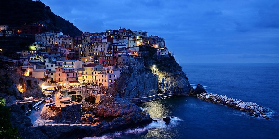 Le Cinque Terre by night